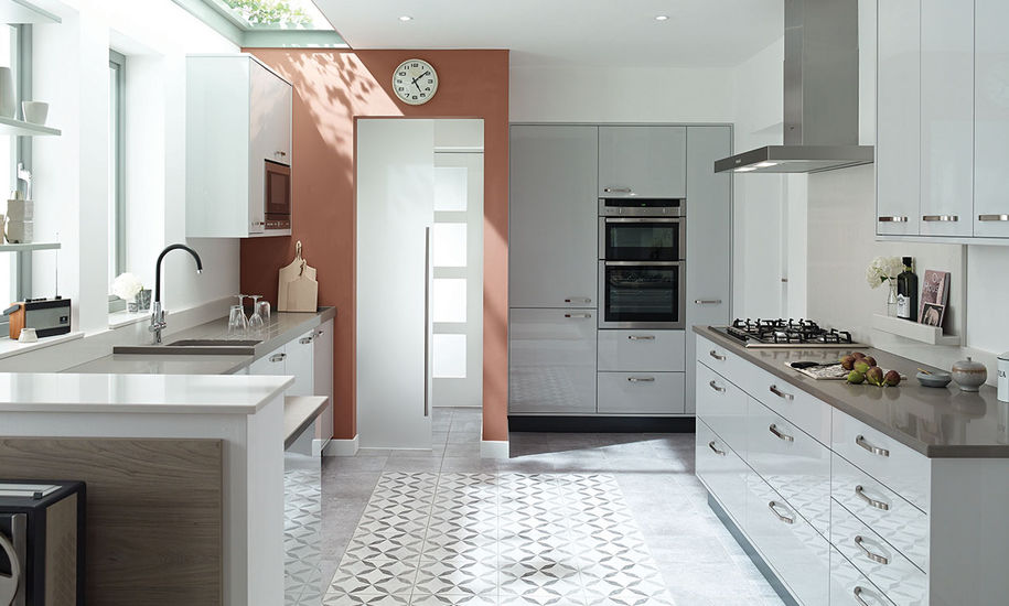 quality kitchen doors nottingham gloss finish