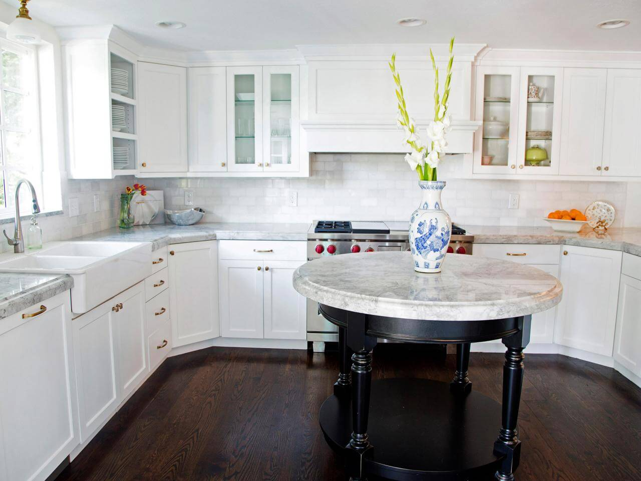 How to Select Kitchen Cabinet Designs in Nottingham